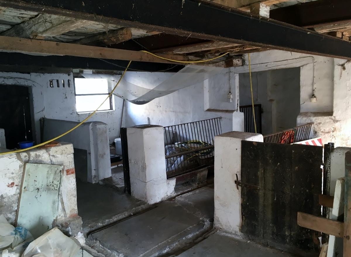 Stallung Innen 2