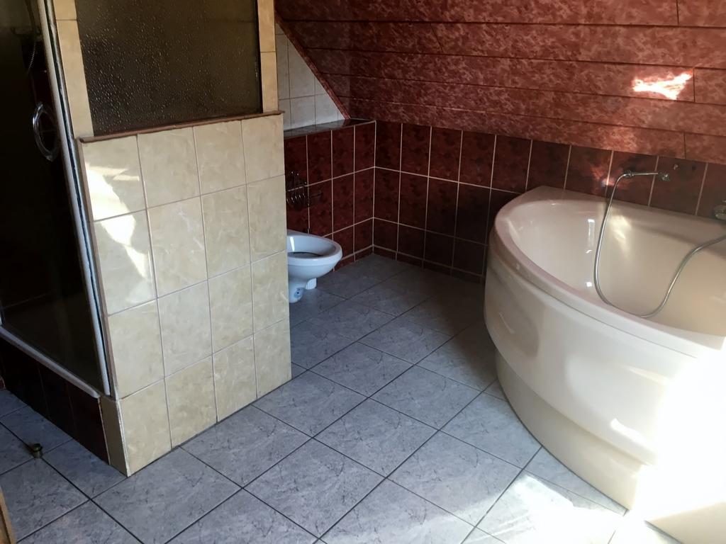 Badezimmer im DG 2