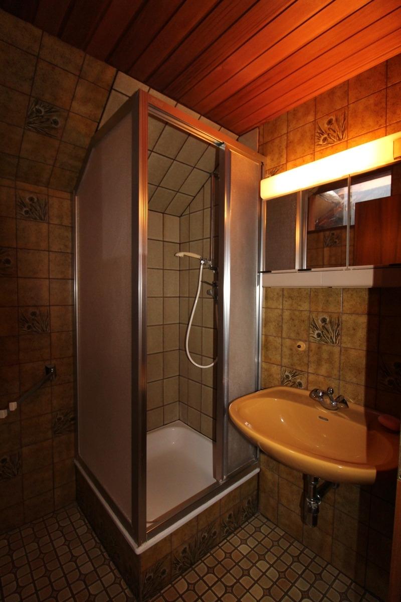 Duschbad im DachgeschossG