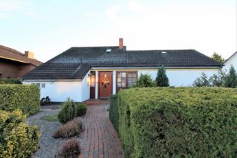 Einfamilienhaus in Stuhr-Varrel – Hechler & Twachtmann Immobilien GmbH