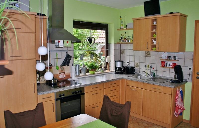 Küche und...