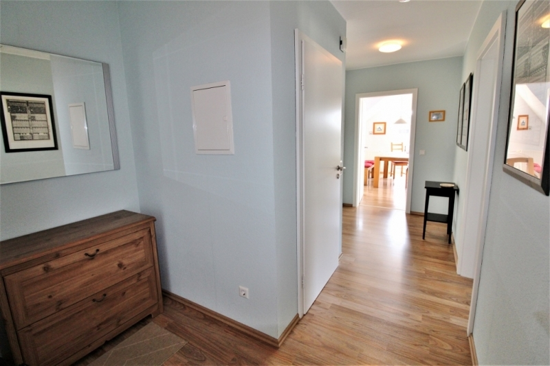 Wohnung OG – Eingang/Flur mit Garderobenbereich