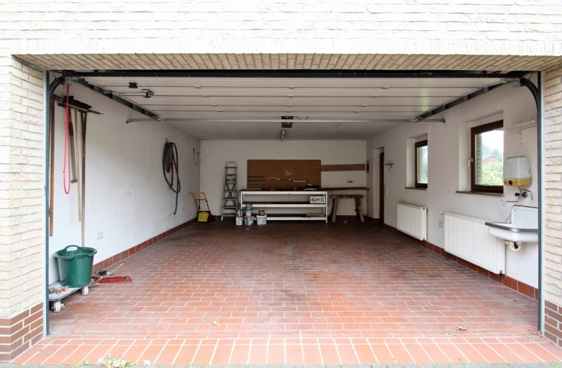 Platz in der Garage - Hinteres Haus