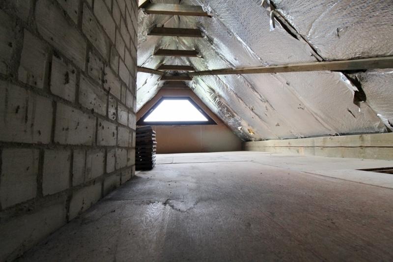 Dachboden - Hinteres Haus