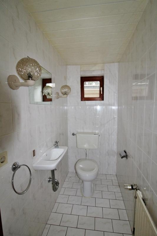 WC im Keller - Hinteres Haus