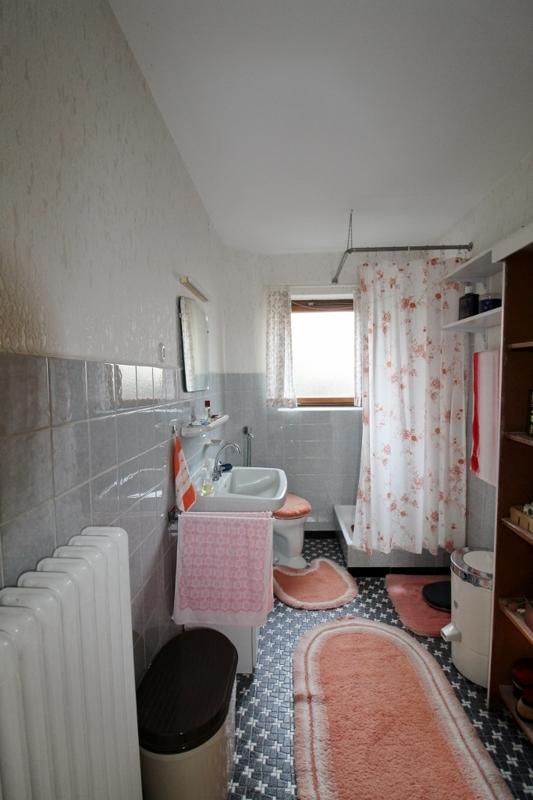 Duschbad - Vorderes  Haus