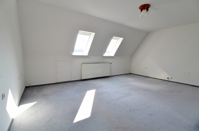 weiteres Zimmer...