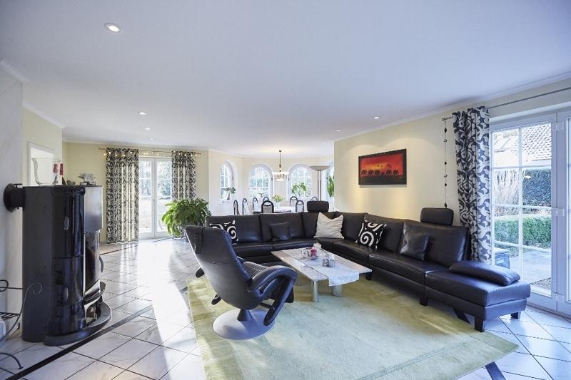 Wohnzimmer mit Kaminofen...