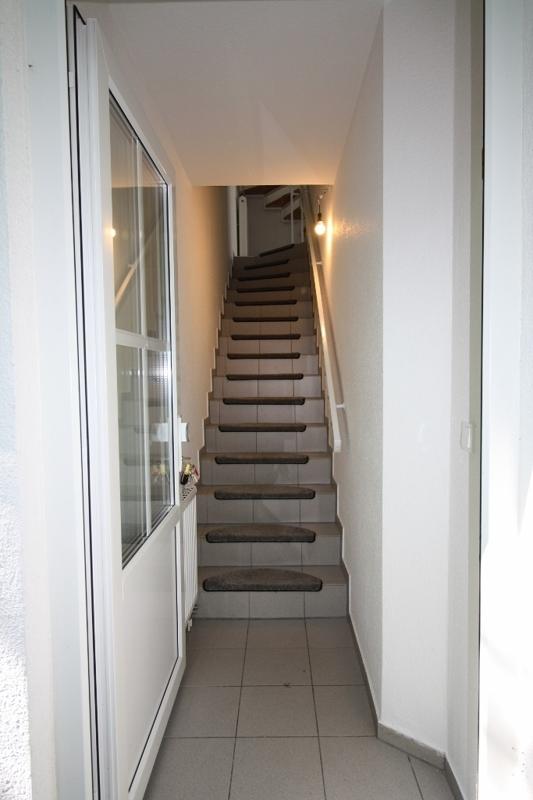 Treppenaufgang zur Maisonettwohnung