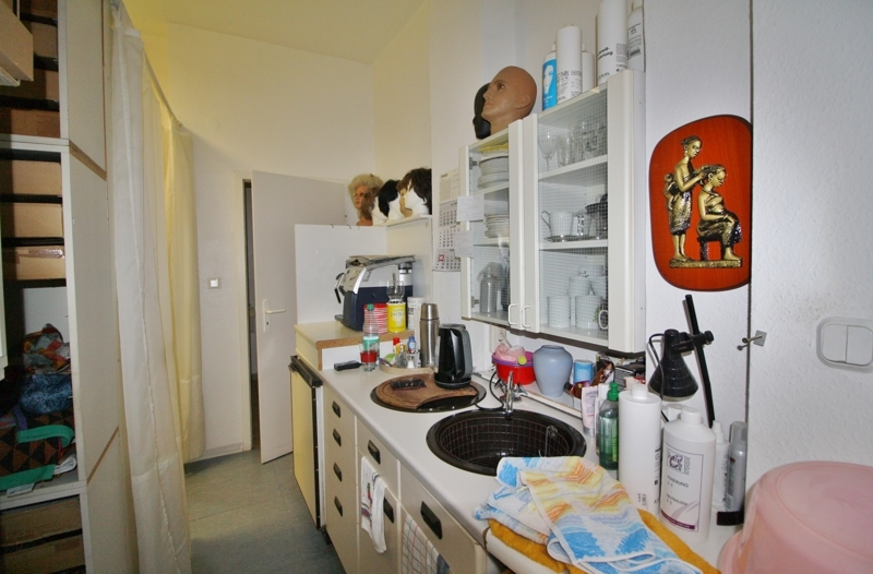 ...mit Küchenzeile