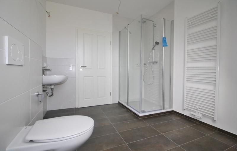 Badezimmer mit DuIMG_2012 (1024x694)sche...