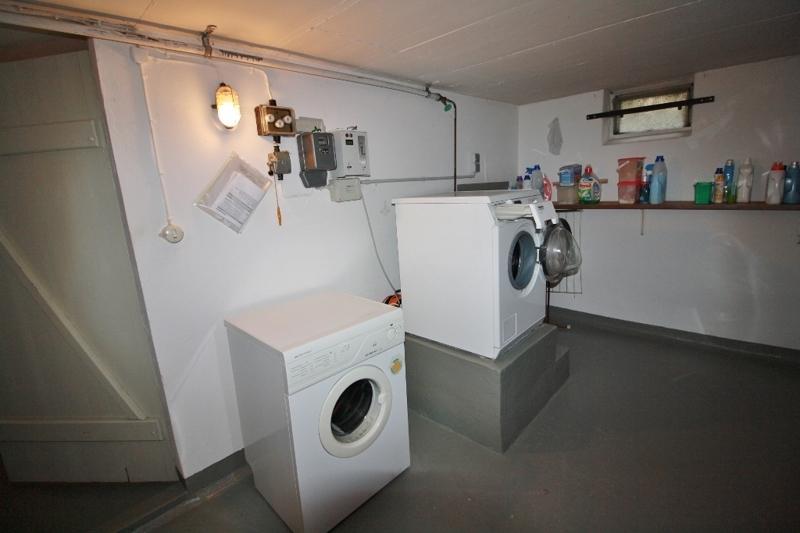 gemeinschaftliche Waschmaschine und Trockner