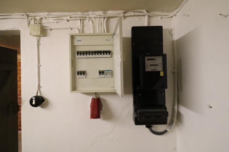 Hauselektrik