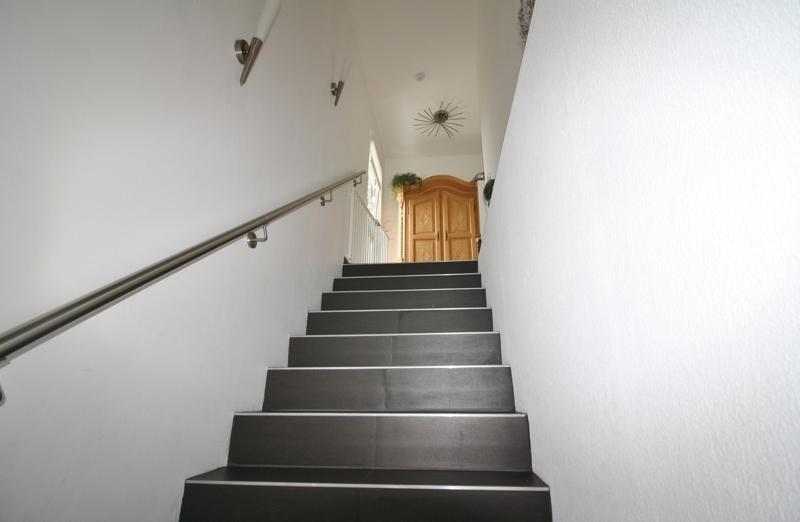 Treppenaufgang zur Wohnung