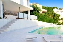 house+pool
