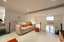 4 Lounge-Bereich oben