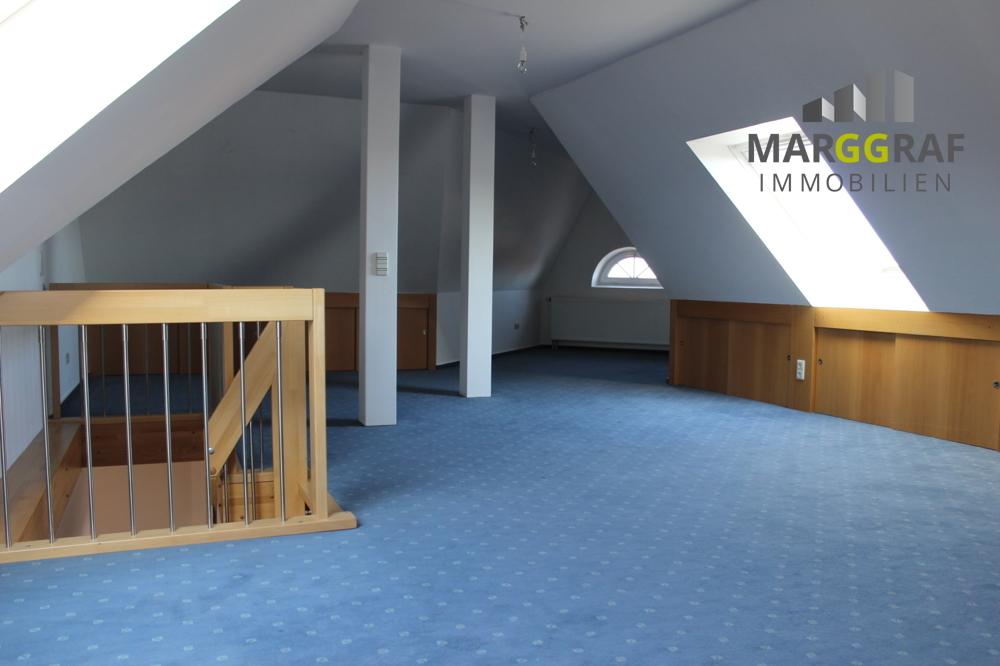 Dachbodenraum 5