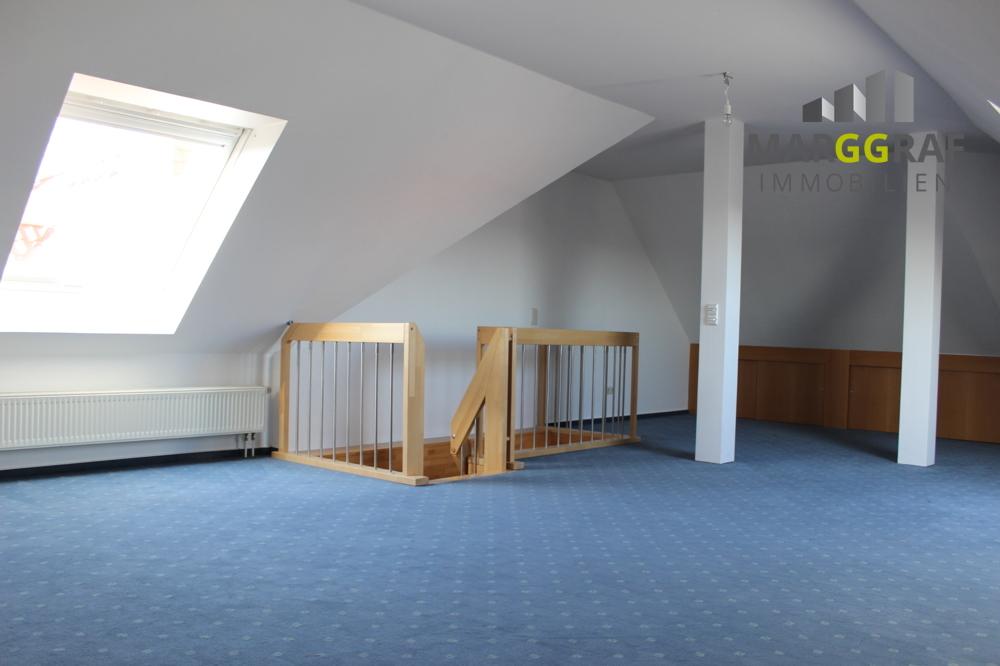Dachbodenraum 6