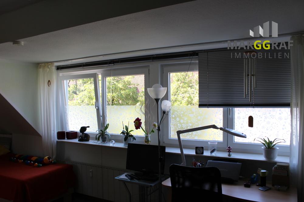 Fensterfront Kinderzimmer: Büro