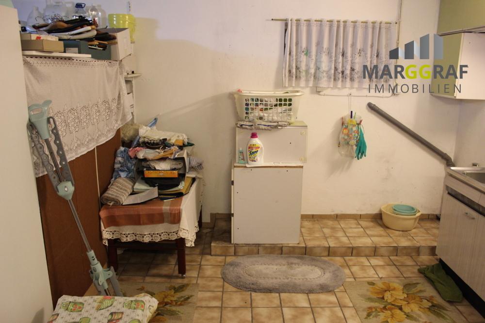 Souterrain Waschmaschinenplatz