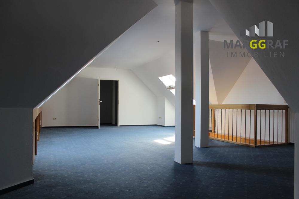 Dachbodenraum 3