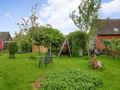 Groß, weit, naturnah: in diesem Garten könnte ein ganzer Kindergarten toben!