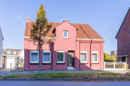 Da sehen Sie Rot! Dieses Haus ist ein echter Hingucker. Und das nicht nur äußerlich!