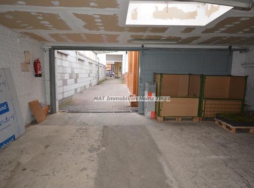 Garageneinfahrt Straßenseite