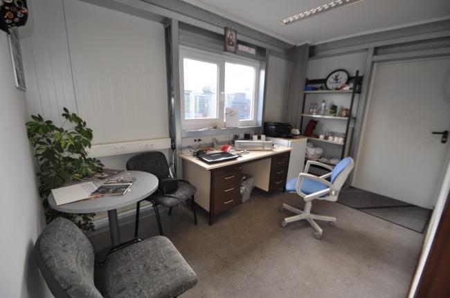 Büro von Vermietet ***TOP Grundstück mit Halle für KFZ Werkstatt oder Produktionshalle und Büro*** | Maywand Immobilien GmbH