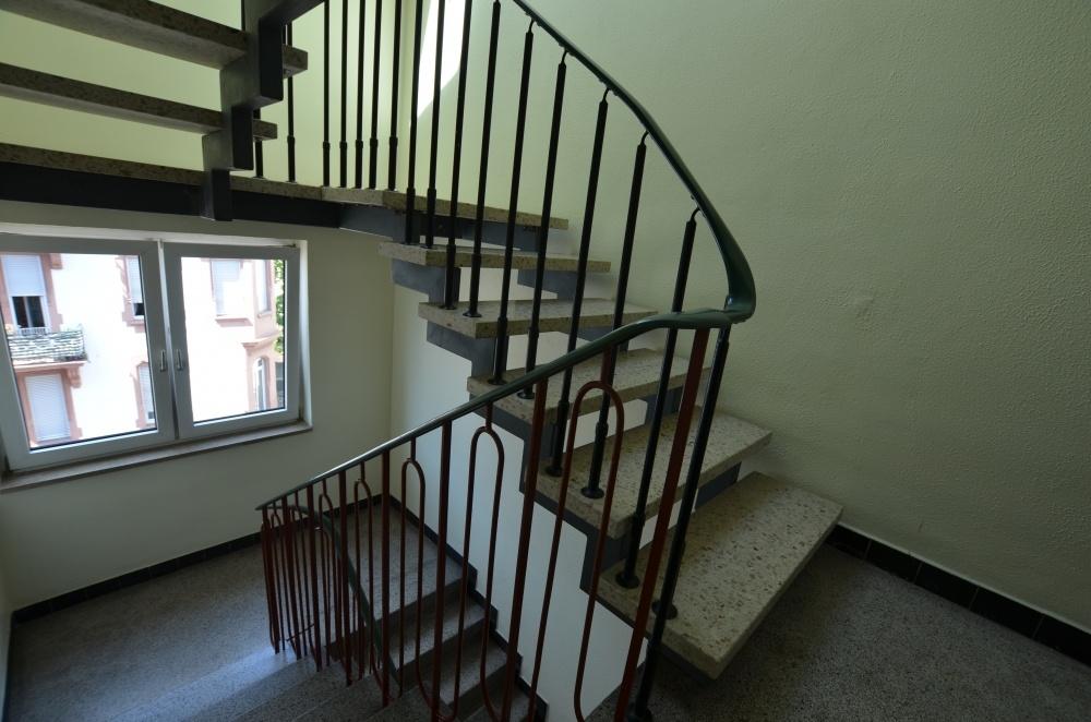 Treppenhaus  von Verkauft | Maywand Immobilien GmbH
