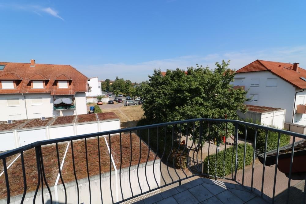Balkon Kinderzimmer von VERMIETET | Maywand Immobilien GmbH