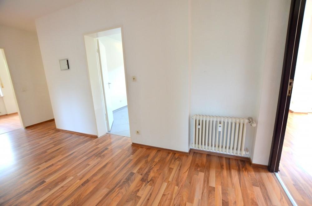 Flur  von VERKAUFT | Maywand Immobilien GmbH