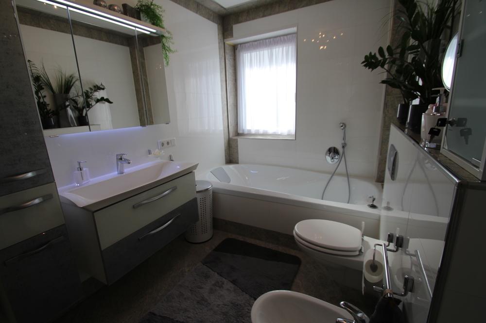 Badezimmer von ***VERKAUFT*** | Maywand Immobilien GmbH