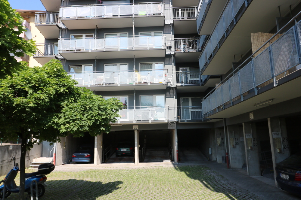 Hofansicht von Verkauft ***Top Kapitalanlage***1-ZKB-Wohnung mit EBK und Balkon | Maywand Immobilien GmbH