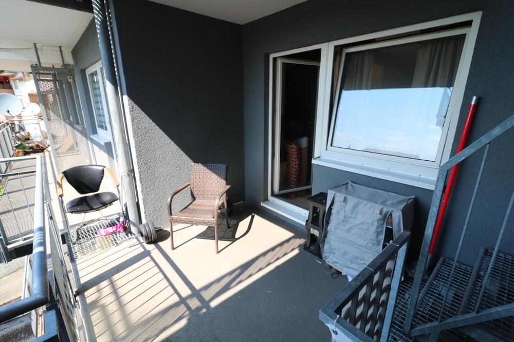 Balkon von Verkauft ***Top Kapitalanlage***1-ZKB-Wohnung mit EBK und Balkon | Maywand Immobilien GmbH