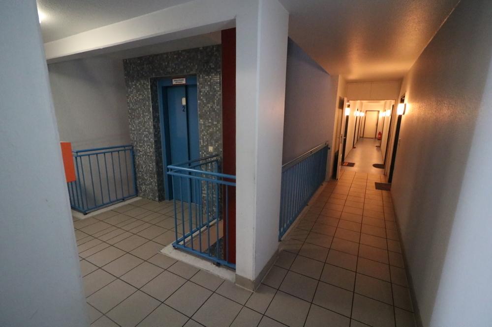 Aufzug/Treppenhaus von Verkauft ***Top Kapitalanlage***1-ZKB-Wohnung mit EBK und Balkon | Maywand Immobilien GmbH