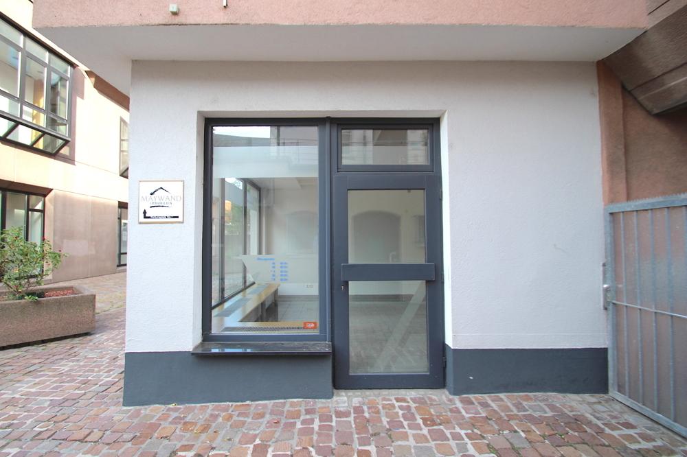 Eingang von Vermietet | Maywand Immobilien GmbH