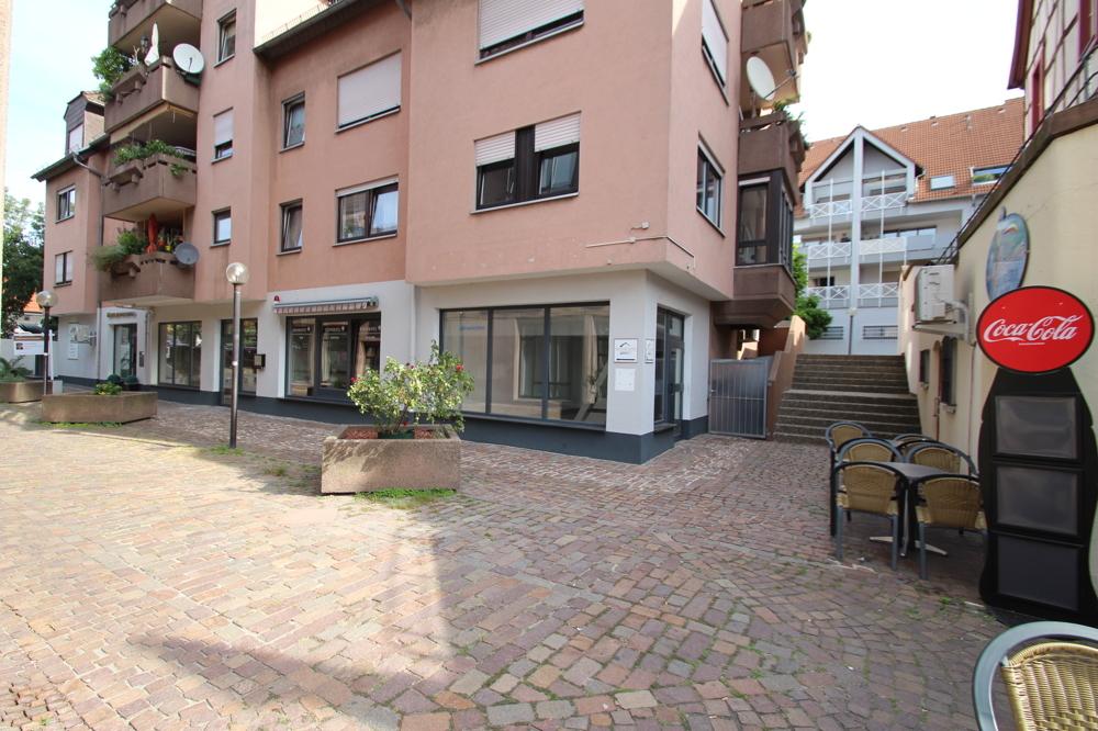 Aussen Ansicht von Vermietet | Maywand Immobilien GmbH