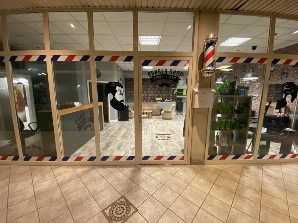 Außenansicht   von Zwei lukrative Ladenflächen in zentraler Lage Waghäusel-Kirrlachs zu verkaufen | Maywand Immobilien GmbH