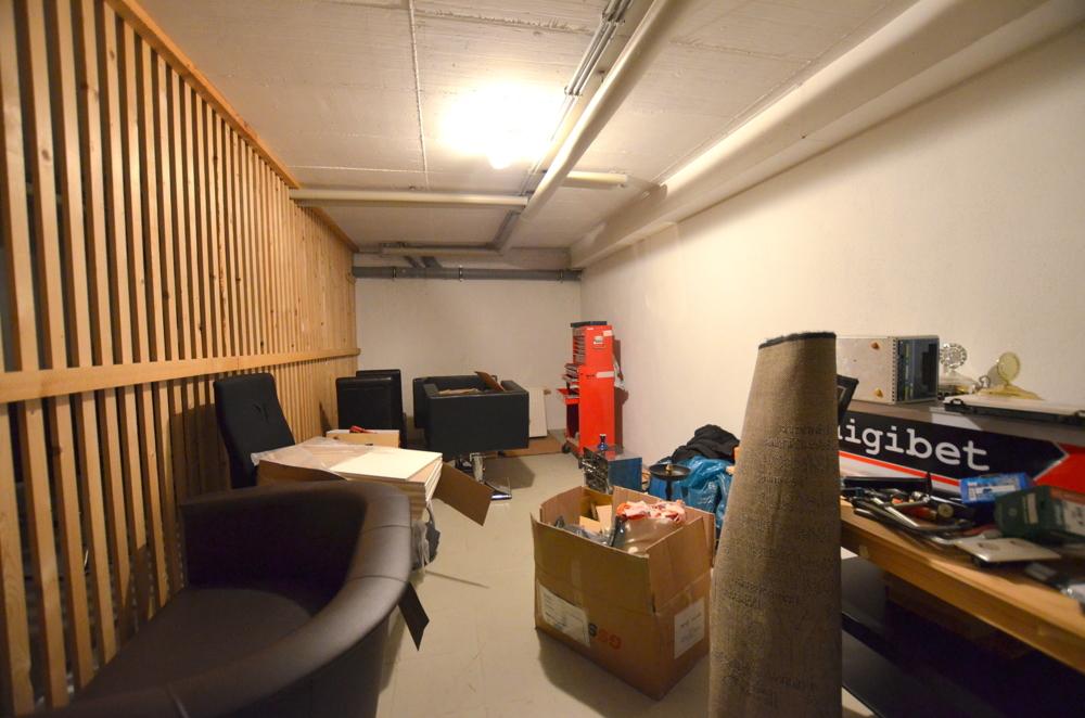 Kellerraum  von Zwei lukrative Ladenflächen in zentraler Lage Waghäusel-Kirrlachs zu verkaufen | Maywand Immobilien GmbH