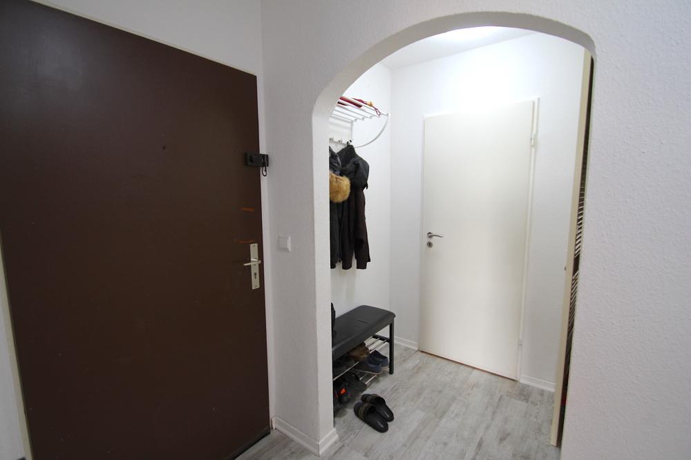 Garderobe von VERKAUFT Gepflegte 4,5-ZKB Wohnung mit Ausblick über den Dächern von Hockenheim | Maywand Immobilien GmbH