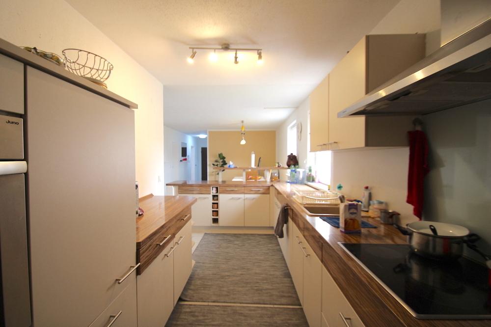 Küche von VERKAUFT Gepflegte 4,5-ZKB Wohnung mit Ausblick über den Dächern von Hockenheim | Maywand Immobilien GmbH