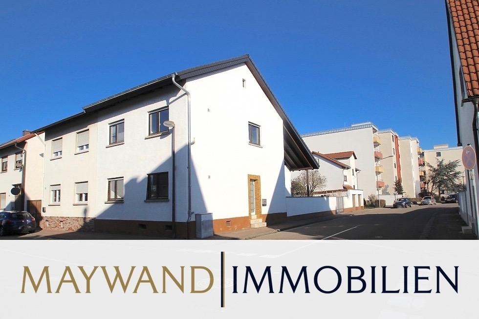 VERKAUFT 1-2 Familienhaus mit Garten, Swimmingpool, und 2 Garagen in guter Wohnlage in 68766 Hockenheim von Maywand Immobilien GmbH