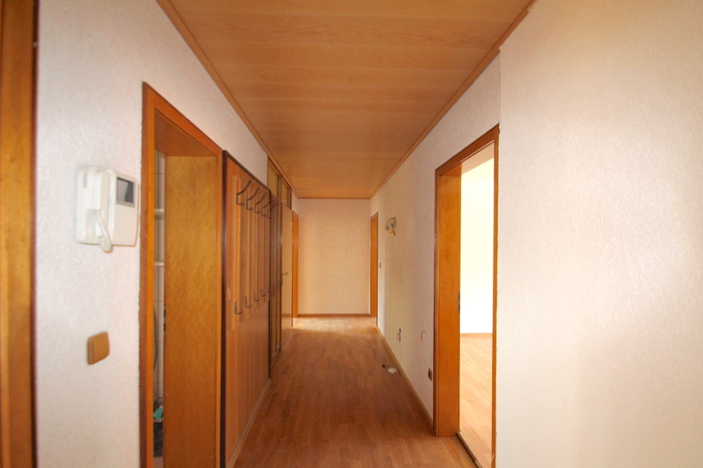 Diele von VERMIETET Schöne 4-ZKB OG Wohnung mit Balkon in ruhiger Wohnlage | Maywand Immobilien GmbH