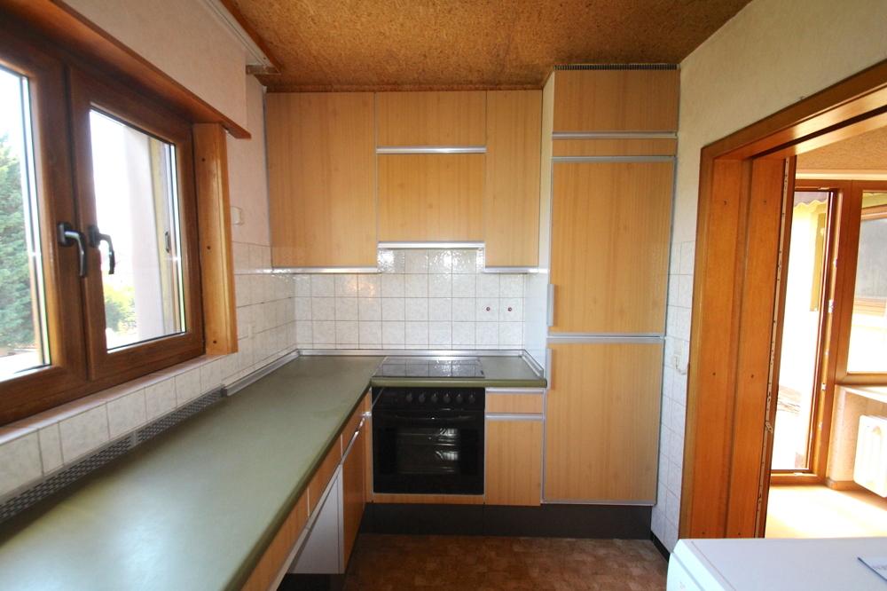 Küche mit EBK von VERMIETET Schöne 4-ZKB OG Wohnung mit Balkon in ruhiger Wohnlage | Maywand Immobilien GmbH