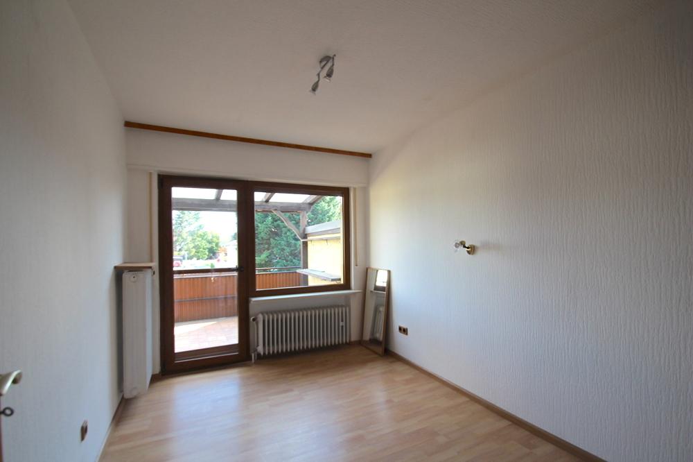 Kinderzimmer direktem Zugang zum Balkon von VERMIETET Schöne 4-ZKB OG Wohnung mit Balkon in ruhiger Wohnlage | Maywand Immobilien GmbH