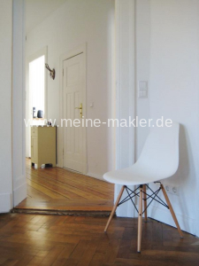 Balkonzimmer/Flurblick