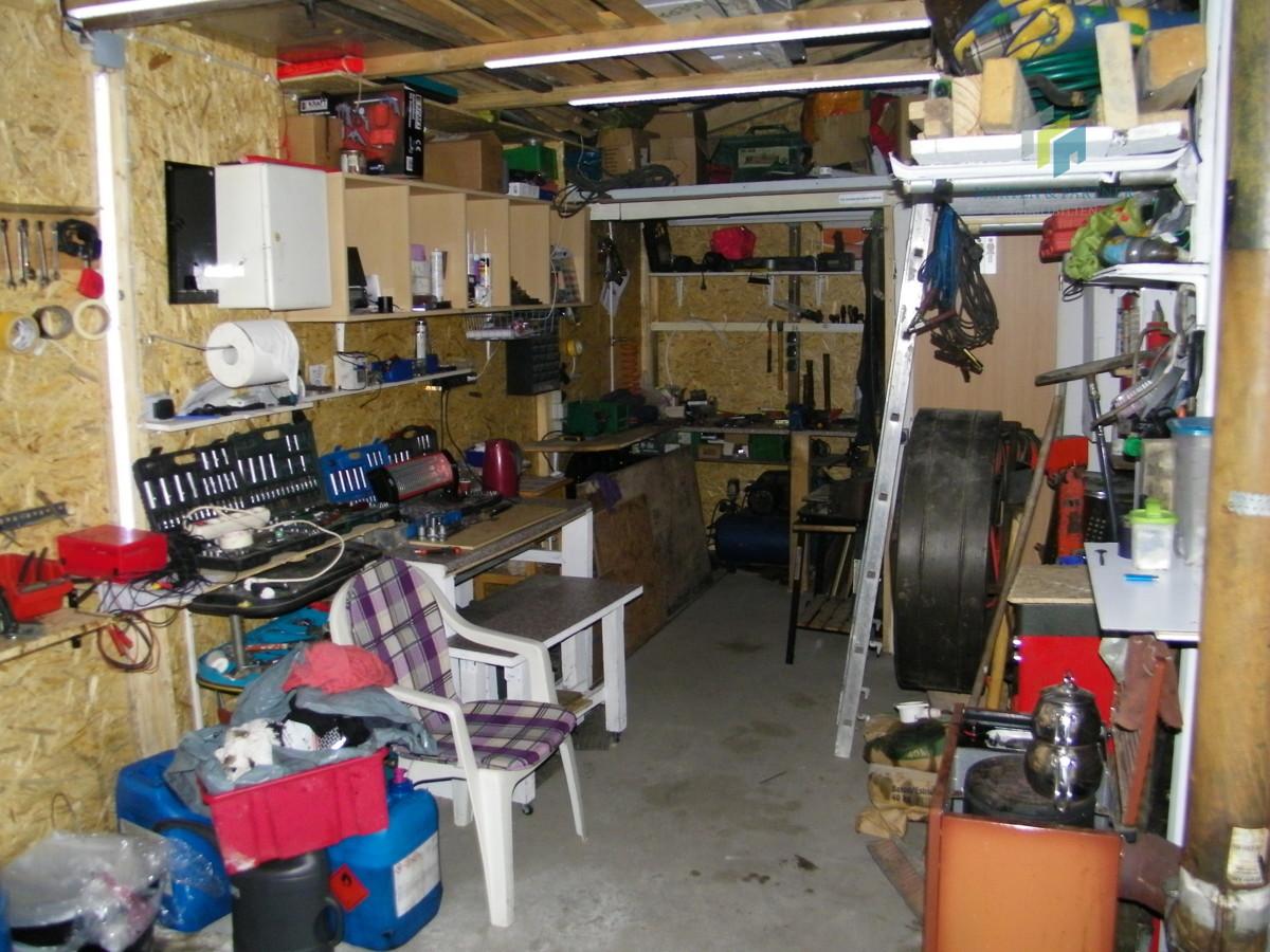 Hobby Garage (2)