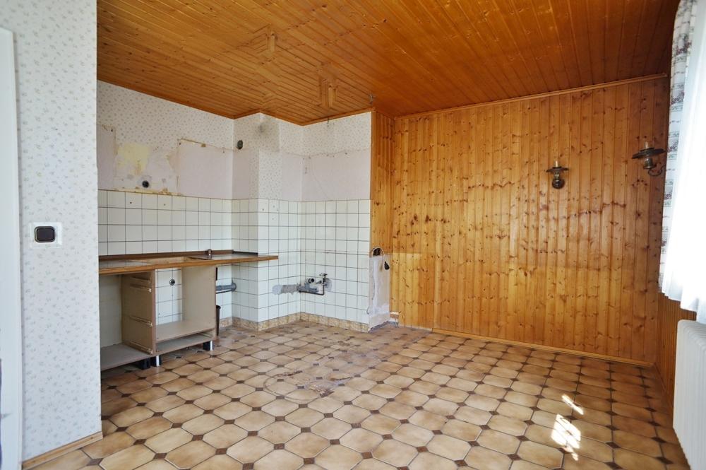 Großzügige Wohnküche