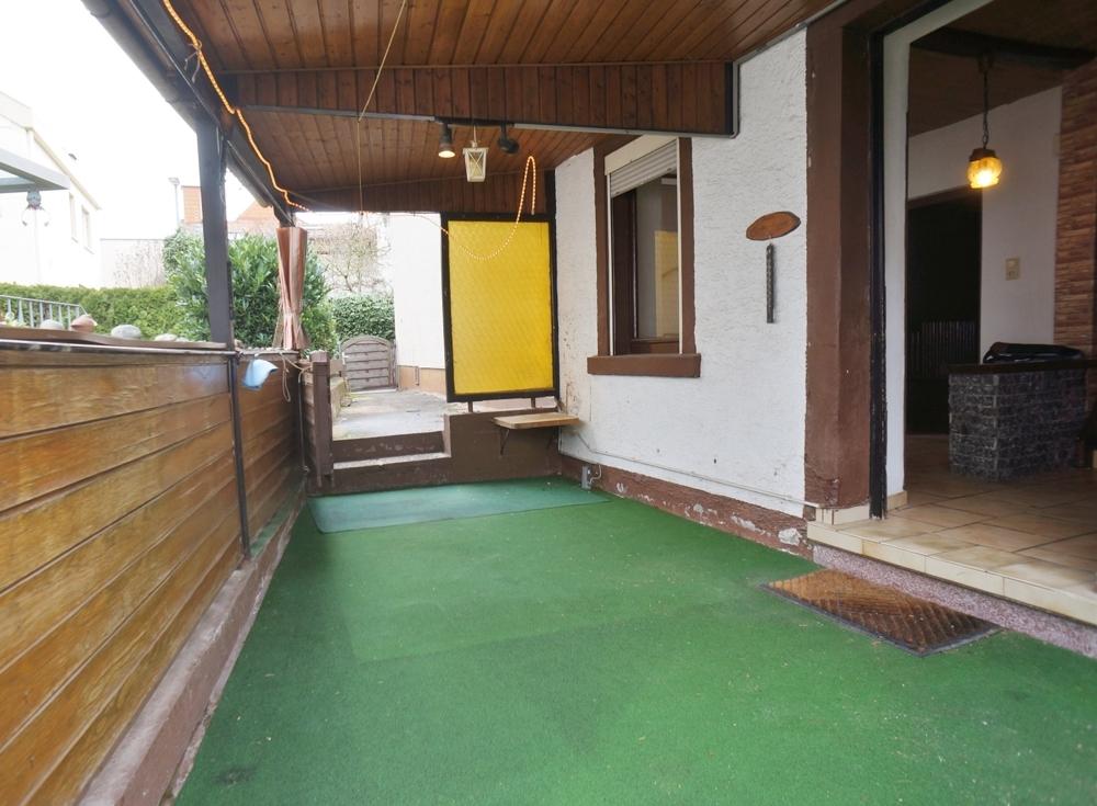 Eingangsbereich / Terrasse